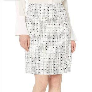 NWT Tahari Boucle skirt
